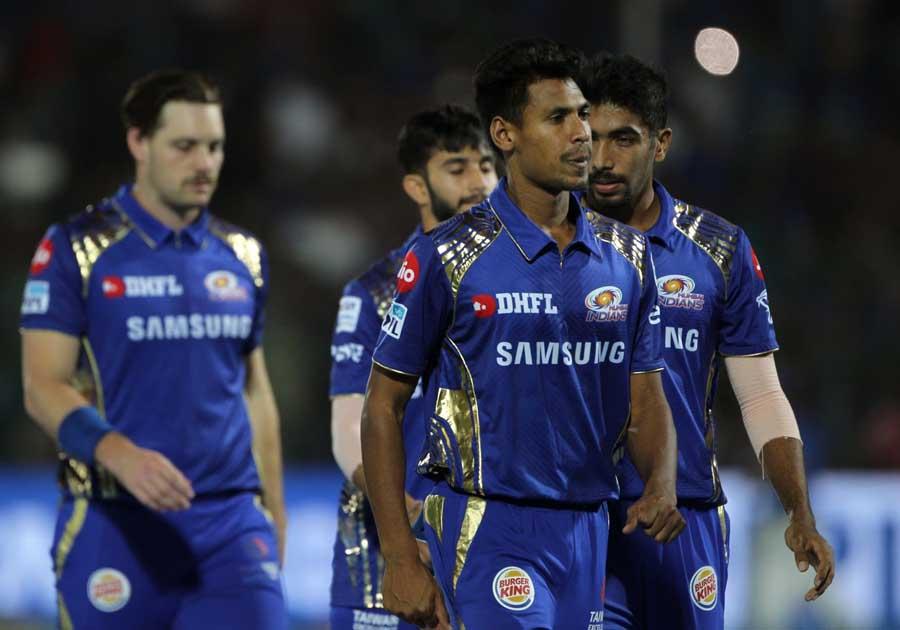 अफगानिस्तान के खिलाफ होने वाली श्रृंखला से पहले मेहमान टीम को लगा बड़ा झटका, यह दिग्गज खिलाड़ी हुआ पूरी श्रृंखला से बाहर 5
