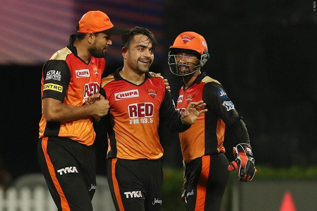 आईपीएल से बाहर होकर भी इन 3 खिलाड़ियों से खुश है दिनेश कार्तिक खुद को ठहराया हार का जिम्मेदार 1