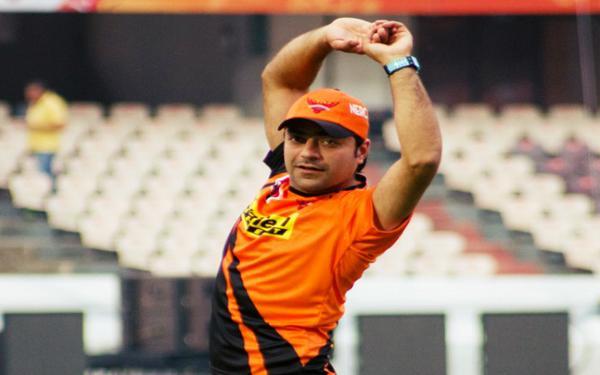 अफगानिस्तान के मिस्ट्री स्पिनर गेंदबाज राशिद खान के बारे में ये बाते शायद ही जानते होंगे आप 8