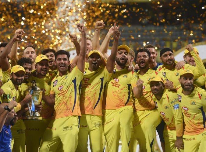 आईपीएल के फाइनल मुकाबले में चेन्नई सुपर किंग्स के साथ जश्न मनाता दिखा दिल्ली डेयरडेविल्स का ये खिलाड़ी, अब बताया वजह 51