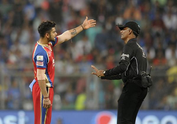 सुनील नरेन के गेंदबाजी एक्शन पर विराट ने उठाया सवाल, लाइव मैच में किया अपशब्दों का प्रयोग 40