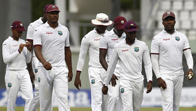 श्रीलंका के खिलाफ पहले टेस्ट से पूर्व वेस्टइंडीज क्रिकेट टीम को लगा बड़ा झटका, स्पोंसर ने छोड़ा 13 साल पुराना साथ 3