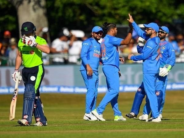 सचिन तेंदुलकर की वनडे क्रिकेट में दो नई गेंद की प्रणाली पर उमेश यादव ने सचिन पर ही उठा दिए सवाल 5