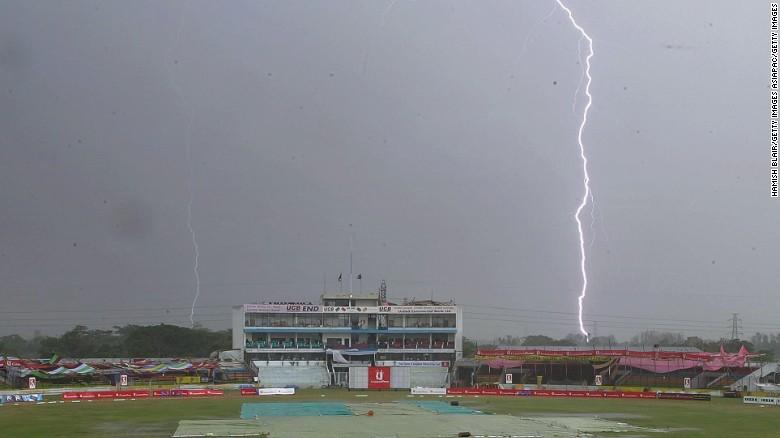 21 वर्षीय भारतीय खिलाड़ी की अभ्यास के दौरान बिजली गिरने से आकस्मिक निधन