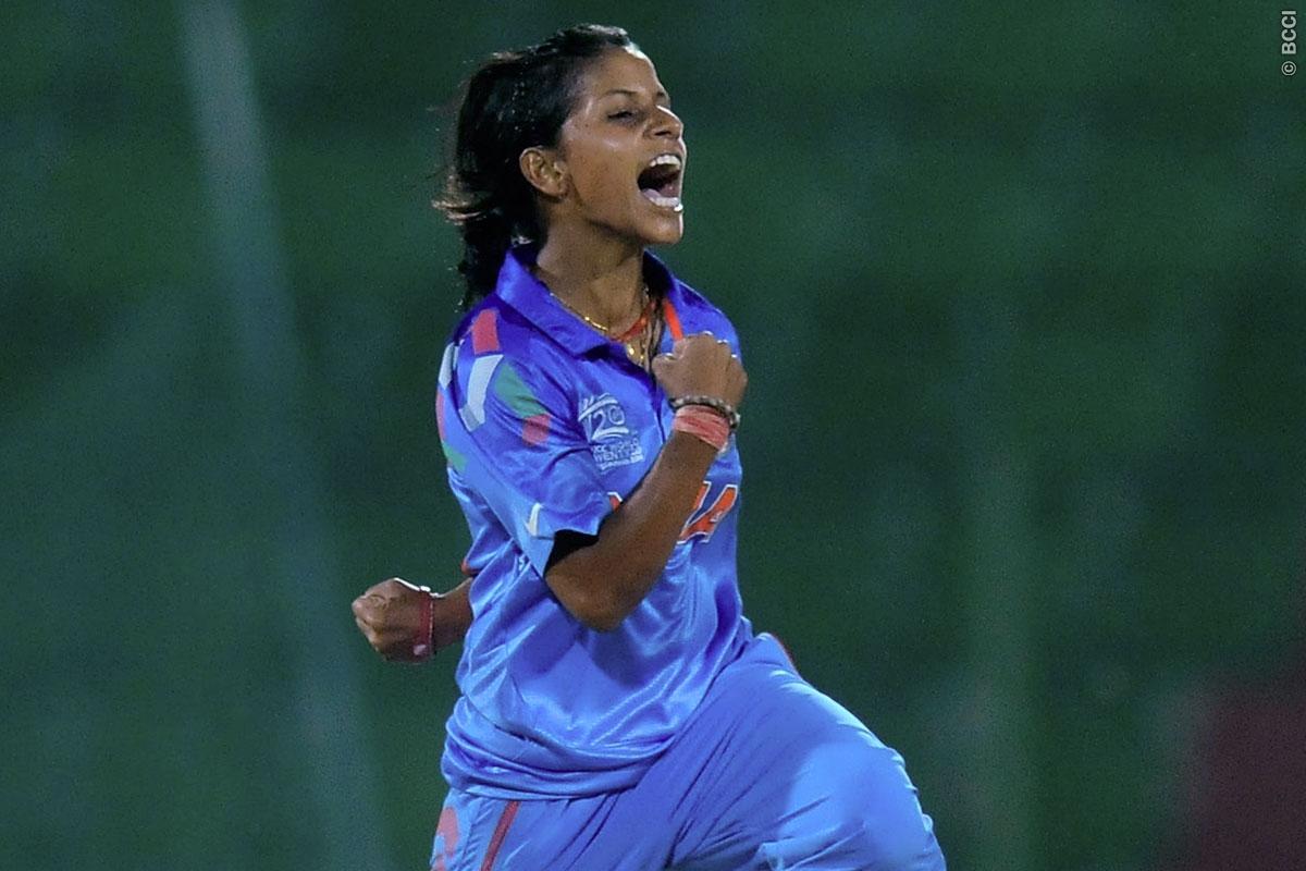 आईसीसी की महिलाओं की टी20 रैंकिंग में गेंदबाज पूनम यादव ने लगाई लंबी छलांग, जाने किसने जमाया है टॉप पर कब्जा
