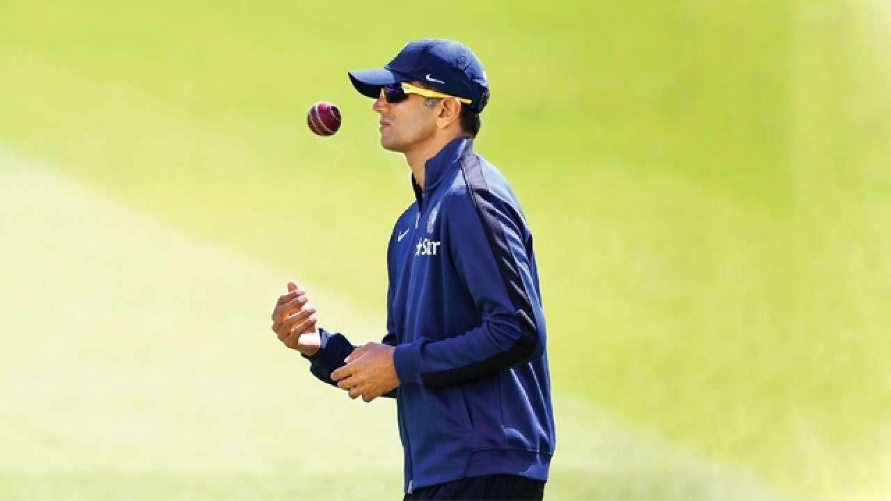 विनोद राय ने राहुल द्रविड़ से पूछा 12 महीने के लिए अंडर-19 टीम या आईपीएल, तो राहुल ने दिया ये शानदार जवाब 2