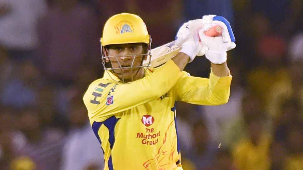 खुला लगातार खराब प्रदर्शन के बाद शानदार बल्लेबाजी का राज, धोनी ने कर दिया अपनी ख़ास चीज का बलिदान 72