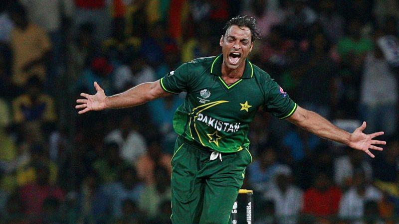 क्रिकेट इतिहास की 3 सबसे खतरनाक ओवर, जब गेंदबाजी देख पसर गया था मैदान पर सन्नाटा 42