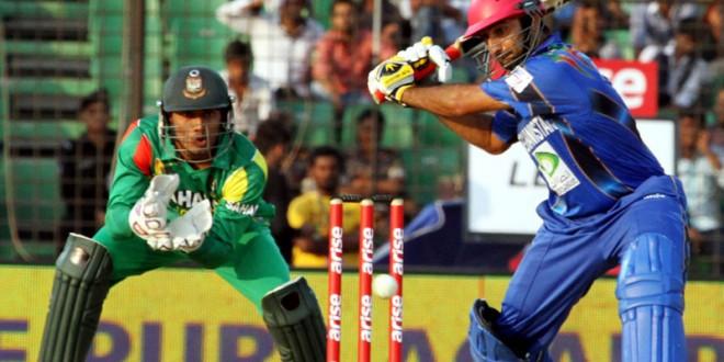 वीडियो : अफगानिस्तान के गेंदबाज ने बांग्लादेश के खिलाफ डाली ऐसी गेंद डाली कि दो हिस्सों में टूट गया स्टंप, वीडियो वायरल 3