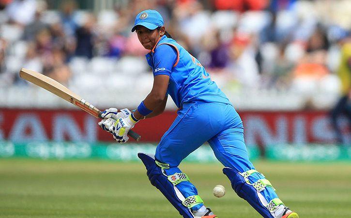 बांग्लादेश से मिली एशिया कप की हार से उबरी भारतीय कप्तान हरमनप्रीत ने प्रसंशको से नम आँखों से कही ये बात