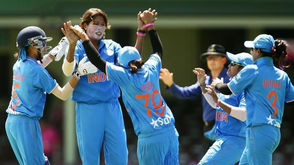 बांग्लादेश से मिली शर्मनाक हार के बाद भारतीय टीम का पलटवार, श्रीलंका को 7 विकेट से दी शिकस्त