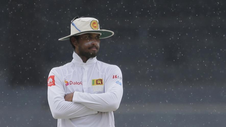 गेंद से छेड़छाड़ के मामले में 1मैच का प्रतिबन्ध लगने के बाद श्रीलंकाई कप्तान दिनेश चंडीमल ने उठाया ये कदम 2