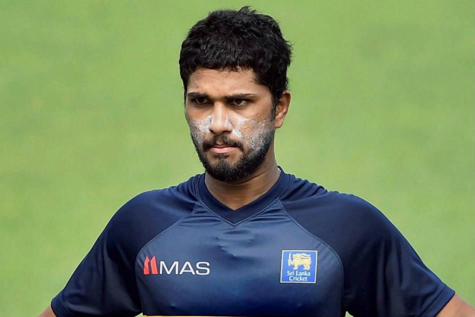 गेंद से छेड़छाड़ के मामले में 1मैच का प्रतिबन्ध लगने के बाद श्रीलंकाई कप्तान दिनेश चंडीमल ने उठाया ये कदम