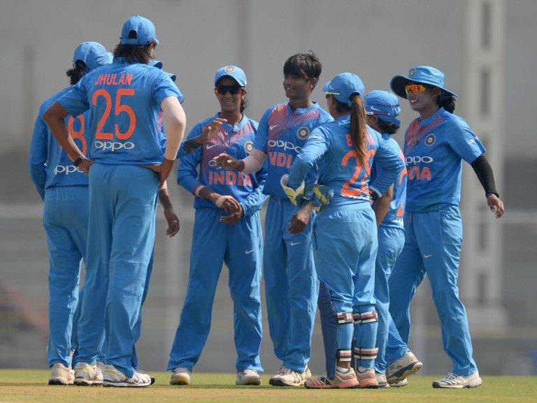 बांग्लादेश से मिली एशिया कप की हार से उबरी भारतीय कप्तान हरमनप्रीत ने प्रसंशको से नम आँखों से कही ये बात 2