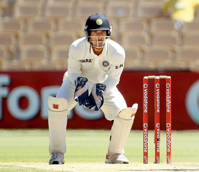 ऋषभ पन्त और दिनेश कार्तिक को इंग्लैंड टेस्ट में पार्ट टाइम विकेटकीपर के तौर पर जगह देने पर भड़के सैयद किरमानी 2