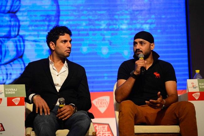 भारतीय टीम में वापसी की उम्मीद छोड़ चुके हरभजन सिंह ने शुरू की नई जॉब 3