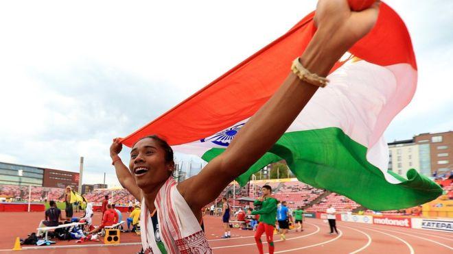 """कौन है भारत की ये """"उड़न परी"""" हिमा दास, जिसने पीटी उषा को छोड़ा पीछे 14"""