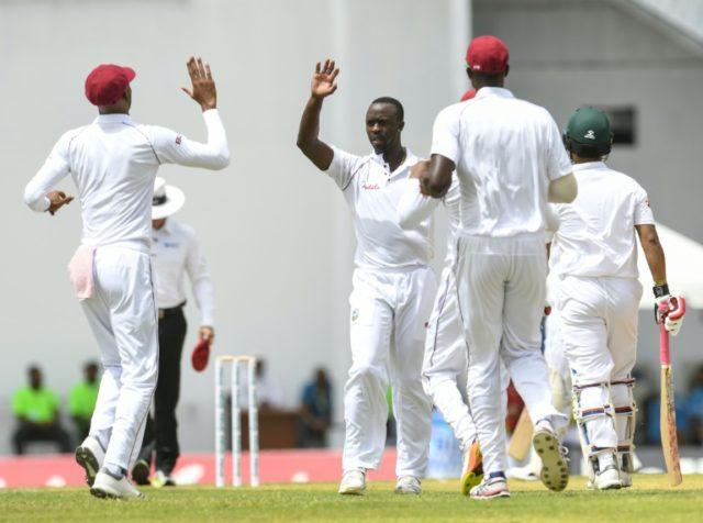 वेस्टइंडीज ने बांग्लादेश को रिकार्ड न्यूनतम स्कोर 43 रन पर समेटा