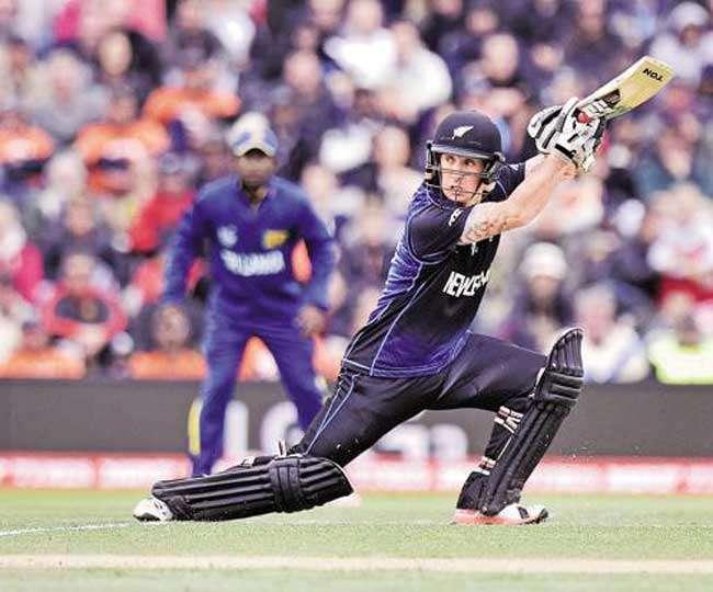 वनडे क्रिकेट फॉर्मेट में इस बल्लेबाज ने नंबर-7 पर आकर खेली 170 रनों की रिकॉर्ड पारी, नाम जानकर चौंक जाएंगे आप 4