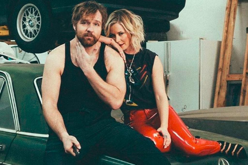 WWE के ऐसे सुपर-स्टार्स कपल जो असल ज़िन्दगी में है शादीशुदा 3