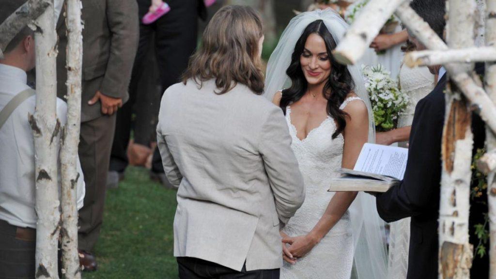 WWE के ऐसे सुपर-स्टार्स कपल जो असल ज़िन्दगी में है शादीशुदा 2