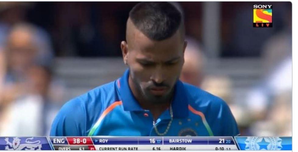 VIDEO: 7 वें ओवर में हार्दिक पंड्या की ये गलती कही पड़ न जाए टीम इंडिया पर भारी, देखे वीडियो 10