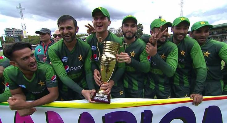 पाकिस्तान को जीत की बधाई देना मोहम्मद कैफ को पड़ गया महंगा, फैंस ने जमकर सुनाई खरी-खरी 23