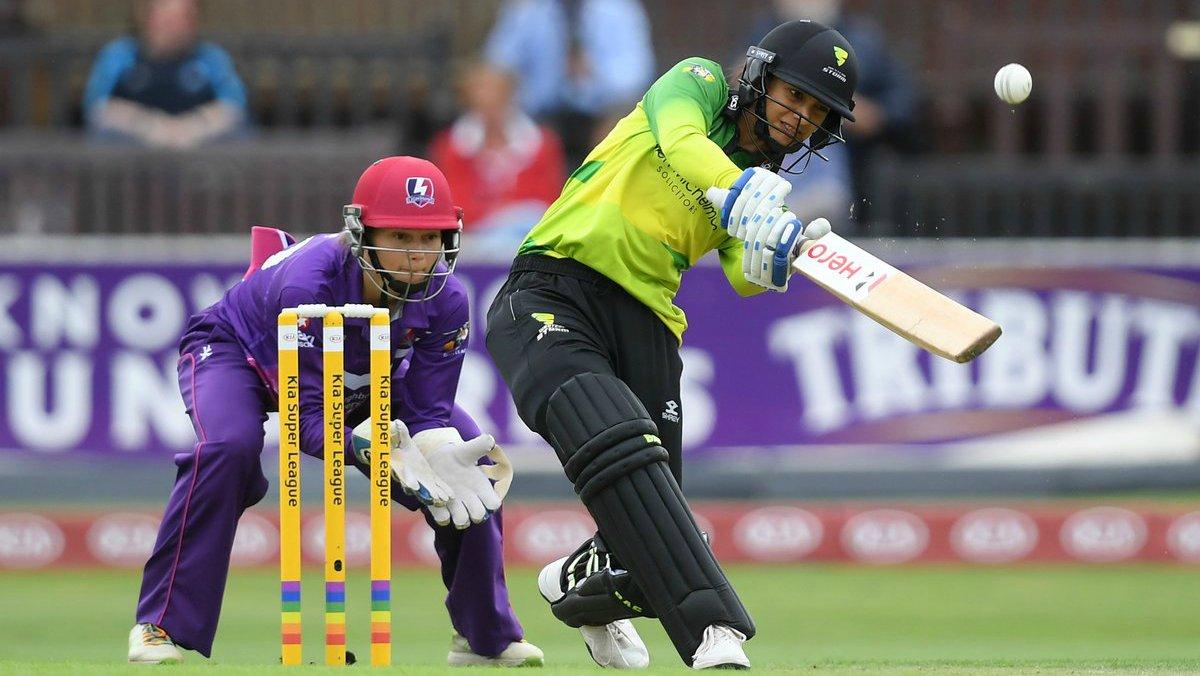 STATS: स्मृति मंधाना ने लगाया सबसे तेज अर्द्धशतक, ऐसा करने वाली दुनिया की पहली महिला क्रिकेटर 12
