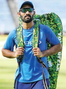 ENG vs IND: भारत की हार से बौखलाए वीरेंद्र सहवाग, कोहली की कप्तानी पर सवाल उठाते हुए इन्हें ठहराया हार का जिम्मेदार 6