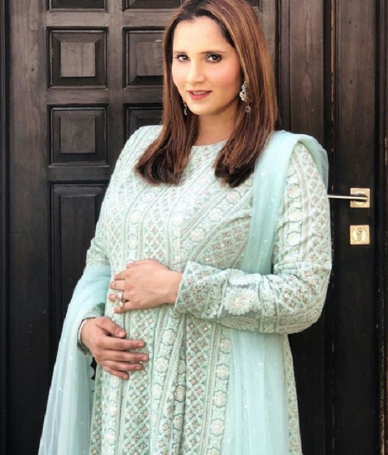 सानिया मिर्जा ने कराया फोटोशूट, दिखाया बेबी बंप, देखे तस्वीरे 2