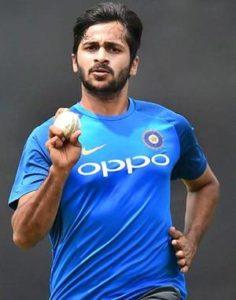 ENG vs IND: भारत की हार से बौखलाए वीरेंद्र सहवाग, कोहली की कप्तानी पर सवाल उठाते हुए इन्हें ठहराया हार का जिम्मेदार 5