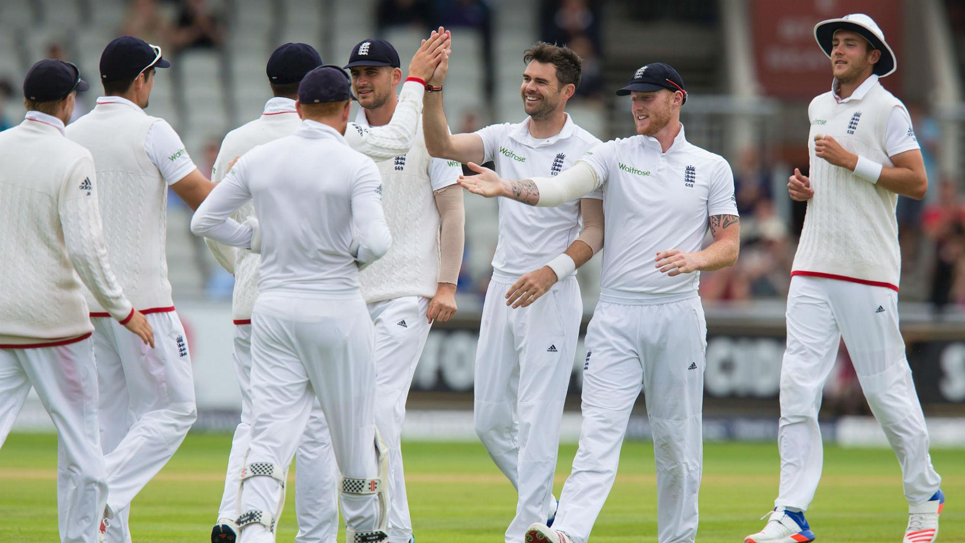 भारत को मात देने के लिए इस रहस्यमयी गेंदबाज को टीम में शामिल कर रहा इंग्लैंड 15