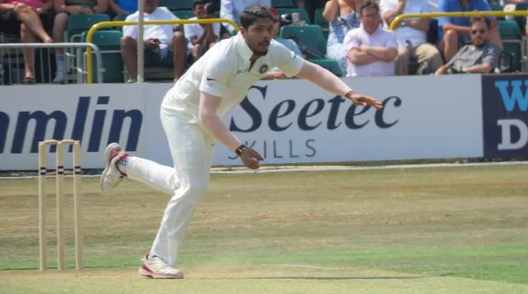 India's 395 runs, Essex lost five wickets and scored 237 runs