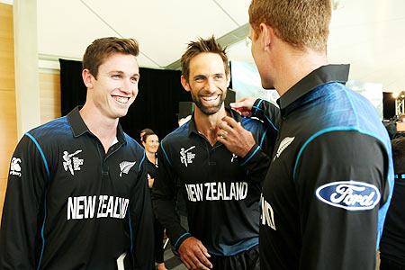 विश्वकप 2015 में न्यूज़ीलैंड को फाइनल का टिकट दिलाने वाले इस स्टार खिलाड़ी ने बनाया सन्यास का मन 45