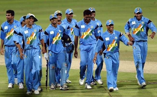 अंतरराष्ट्रीय क्रिकेट में साल 2000-2009 के बीच की टॉप-5 वनडे टीमें