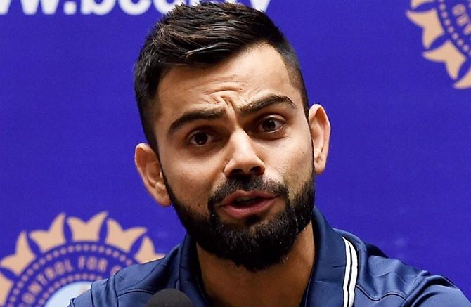 ENG vs IND: शास्त्री ने किया बल्लेबाजो का बचाव लेकिन विराट कोहली ने बताया क्या हैं भारत की खराब बल्लेबाजी का कारण 10