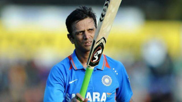 रोहित शर्मा के डेब्यू मैच में ये थी 11 सदस्यी टीम, जाने अब कहां हैं बाकि के 10 खिलाड़ी 4
