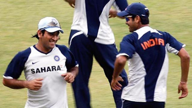 फ्रेंडशिप-डे: सुरेश रैना नहीं बल्कि यह खिलाड़ी था टीम इंडिया में धोनी का सबसे करीबी दोस्त, चयन के लिए चयनकर्ताओ से की थी लड़ाई 1