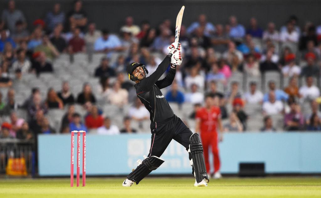 टी-20 ब्लास्ट: मोहम्मद नबी के ब्लास्ट में उड़ी लंकाशायर लाइटनिंग, मात्र 32 गेंदों में दिला दी टीम को जीत