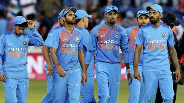 भारत के ये पांच दिग्गज खिलाड़ी वनडे क्रिकेट में भी टेस्ट क्रिकेट की तरह करते हैं बल्लेबाजी 46