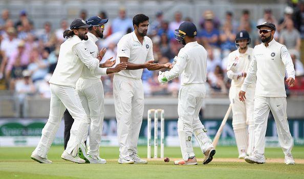 ENG vs IND: चौथे टेस्ट की भारतीय टीम देख विराट पर भड़के शेन वार्न, इस खिलाड़ी को शामिल न करने के फैसले को बताया शर्मनाक 2