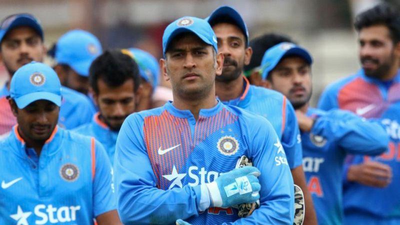 आखिर क्यों महेन्द्र सिंह धोनी को 2020 में होने वाले विश्व टी-20 तक नहीं लेना चाहिए संन्यास