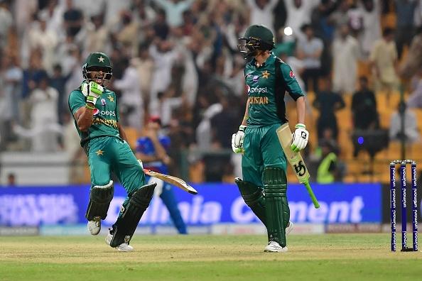 एशिया कप 2018- 48.3 ओवर में राशिद खान ने की ऐसी हरकत जिससे देख उनके फैंस को भी नहीं लगेगा अच्छा 1