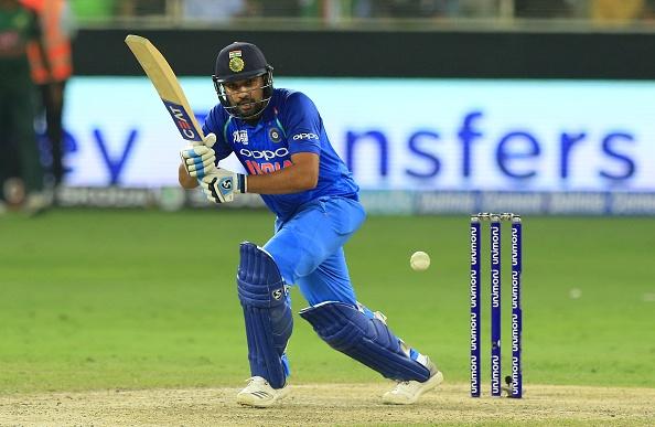 एशिया कप 2018: रवि शास्त्री हुए रोहित की कप्तानी से प्रभावित, कही कप्तानी की वजह से ही जीता टूर्नामेंट