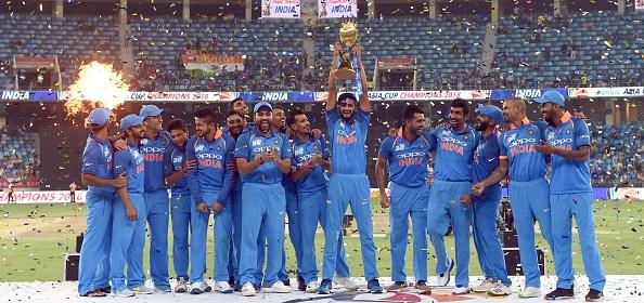 एशिया कप 2018: रवि शास्त्री हुए रोहित की कप्तानी से प्रभावित, कही कप्तानी की वजह से ही जीता टूर्नामेंट 2