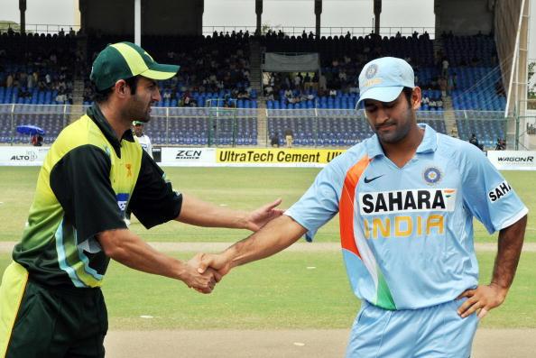 पूर्व पाक कप्तान वसीम अकरम ने शोएब मलिक को बताया पाकिस्तान का महेंद्र सिंह धोनी 41