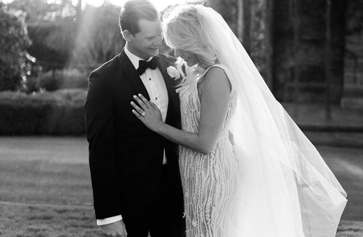 पूर्व ऑस्ट्रेलियाई कप्तान स्टीव स्मिथ ने गर्लफ्रेंड डैनी विलिस से रचाई शादी, सोशल मीडिया पर शेयर की तस्वीर