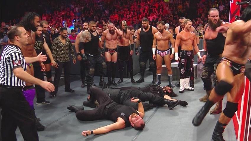 WWE 'हैल इन ए सैल' के लिए प्रोमो पोस्टर हुआ लांच, खतरनाक दिखे रोमन रेन्स 2