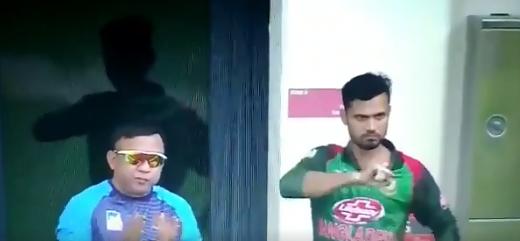 बांग्लादेश के कप्तान मशरफे मुर्तजा ने लिटन दास को अर्द्धशतक के बाद इशारे में दिया था ये मैसेज 3