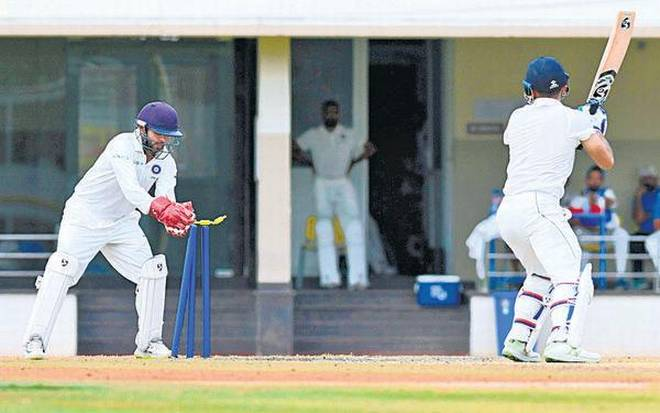 Duleep Trophy (Final): India Red Risk of Inning